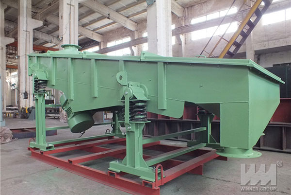 Light linear vibrating screen